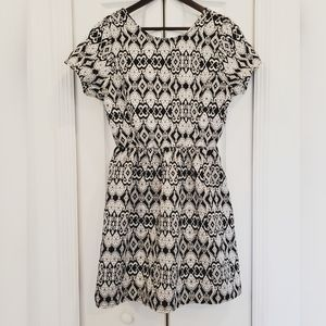 One Clothing Elegant Black and White Dress